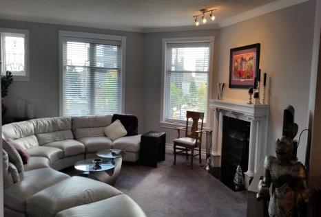 London ontario downtown apartment rental 460 wellington for Bathroom decor london ontario